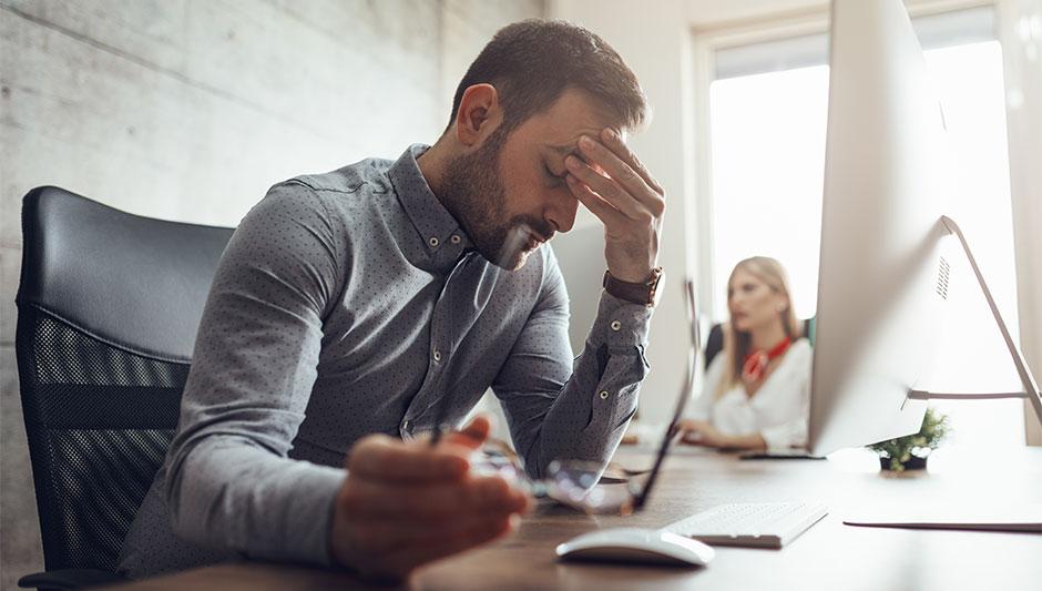 Estrés y Caída del Cabello: ¿La Verdadera Causa de la Calvicie?